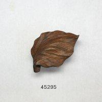 ブローチ 花水木の葉 ピン付