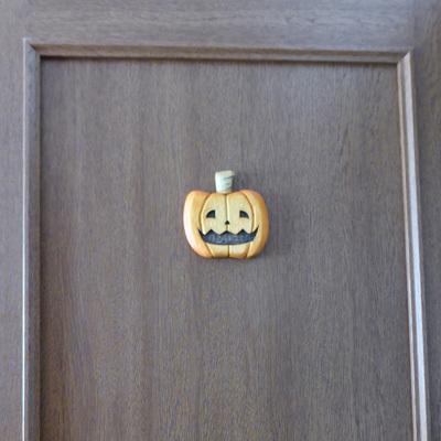 画像: 笑ってハロウィン スタンド付 シナ材