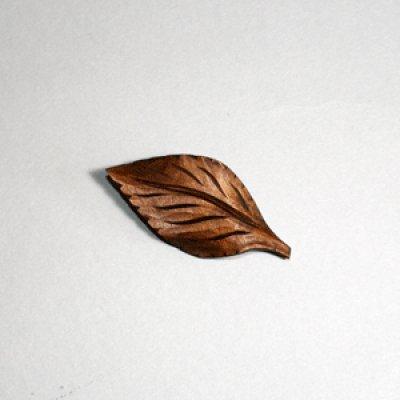 画像1: 木の葉 ピン付